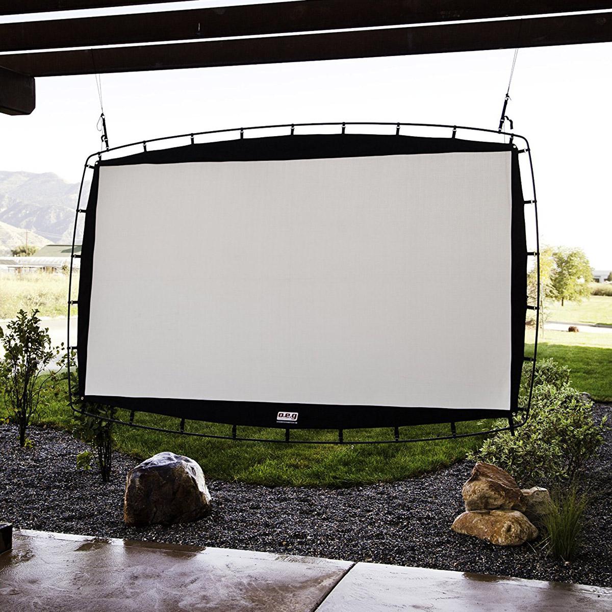 "Camp Chef 144/"" Giant Indoor or Outdoor Nylon Backyard Movie Projector Screen"