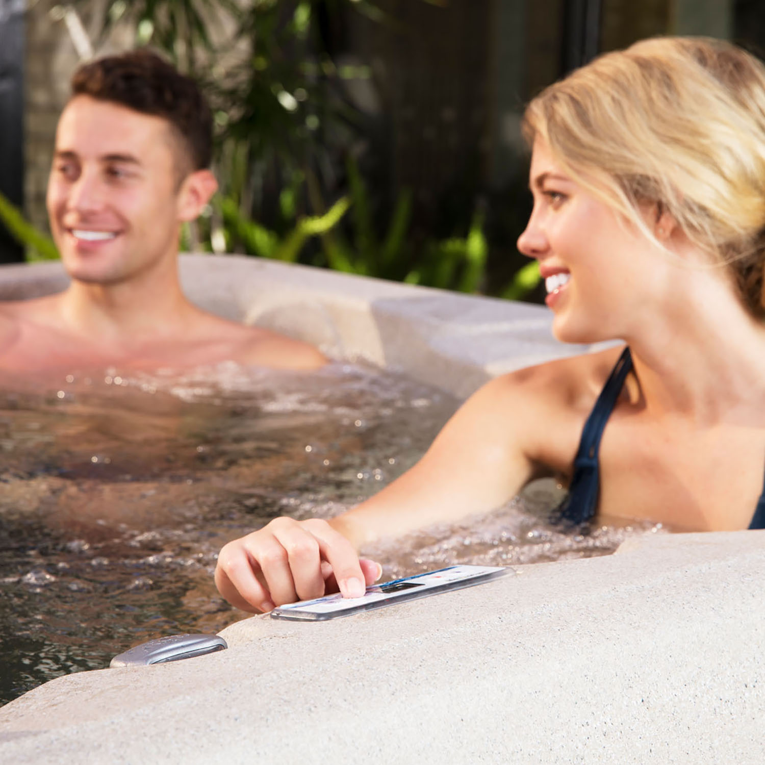 Lifesmart Spas LS100DX 4 Person Plug In Hot Tub w/ Cover ...