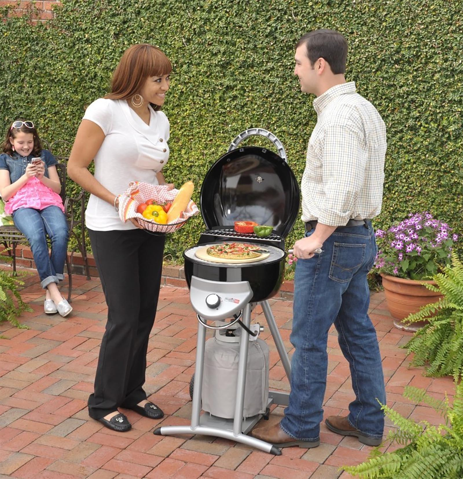 Char Broil Patio Bistro 240 TRU Infared pact Gas Grill Black