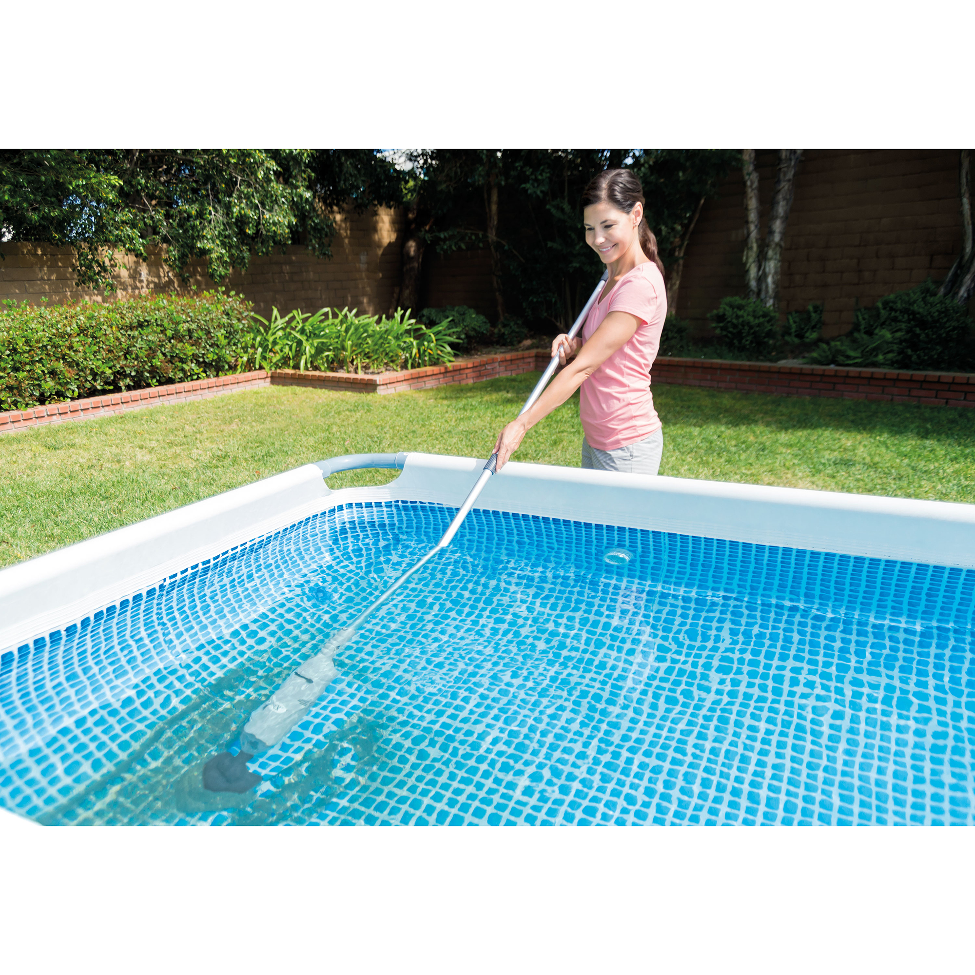 Intex cleaning above ground swimming pool rechargeable - Intex above ground swimming pools ...