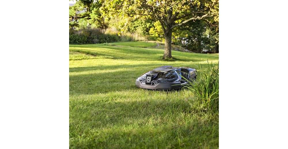 husqvarna automower 315 automatic robotic lawn mower w free medium install kit ebay. Black Bedroom Furniture Sets. Home Design Ideas