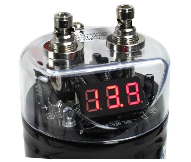 CPBK2 + BGE4RB Boss CPBK2 2.0 Farad Led Digital Capacitor Cap with 4 Gauge Amp Kit