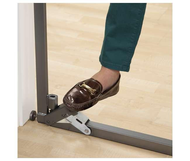 27260A Summer Infant 27260A Step to Secure Wood Walk-Thru Gate