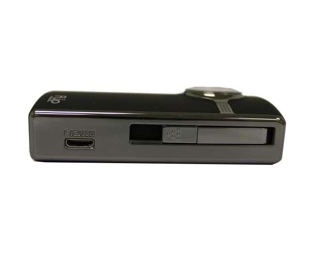 U2120B Flip U2120B UltraHD Camcorder 8 GB