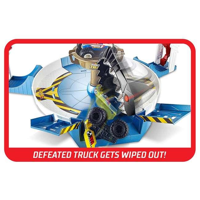 FYK14 Hot Wheels FYK14 Monster Trucks Mecha Shark Face Off Car Play Set with 2 Trucks 5