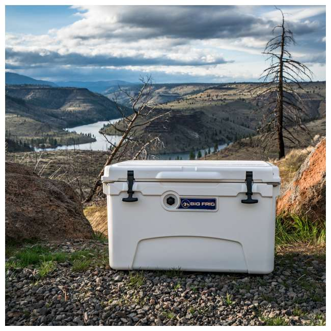 BFDB45-WH Big Frig Denali 45 Quart Insulated Cooler with Cutting Board and Basket, White 5