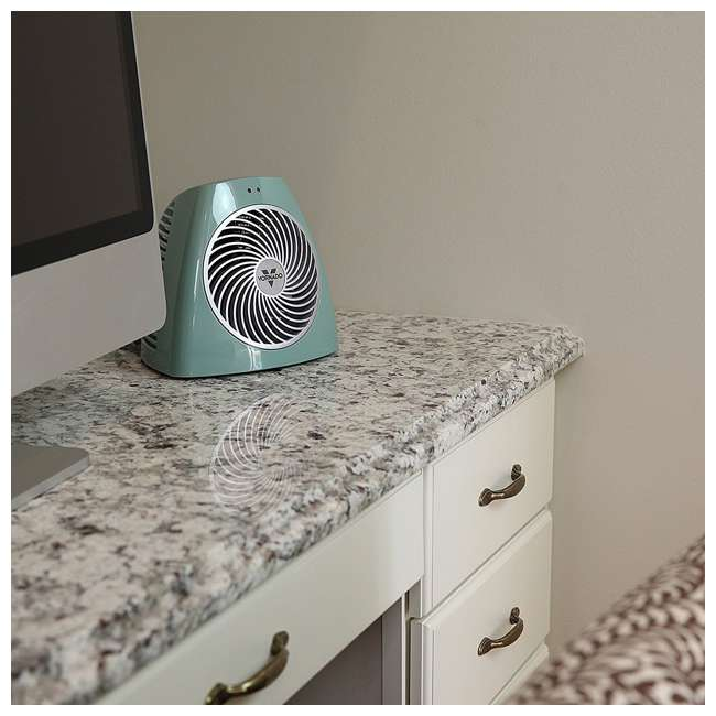 VH202-G Vornado Small Electric Personal Space Heater, Green  2
