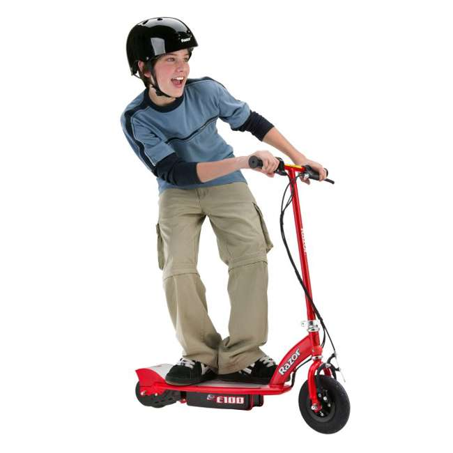 13111260 + 97778 + 96785 Razor E100 Electric Scooter (Red) with Helmet, Elbow & Knee Pads 1