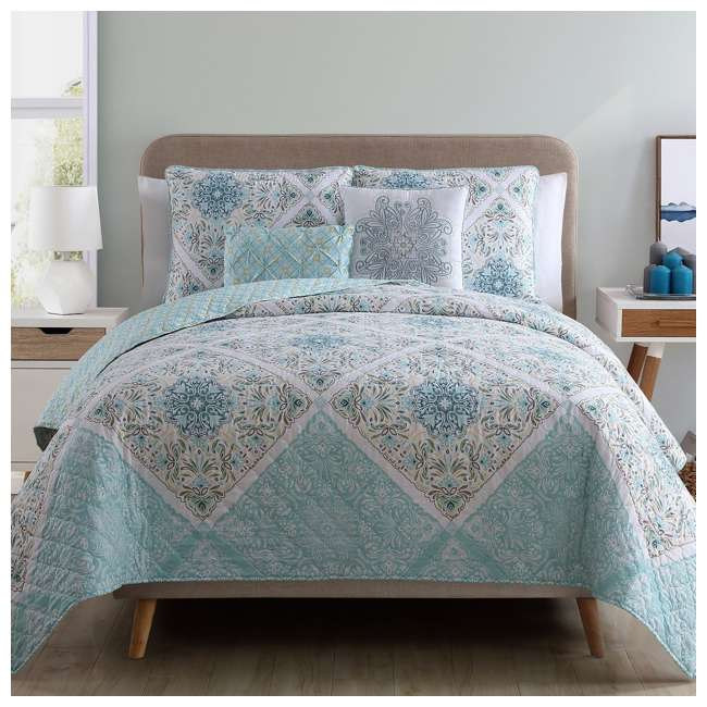 WIN-4QT-XTWN-IN-AQ VCNY Home Windsor Floral Medallion 4 Piece Reversible Bed Quilt Set, Twin XL 5
