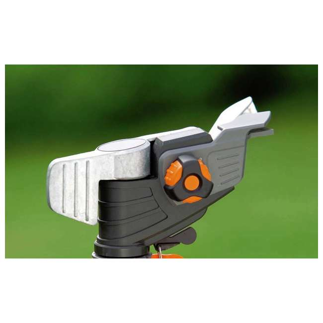 GARD-8136-U Gardena Pulsating Lawn and Garden Sprinkler On Spike 2