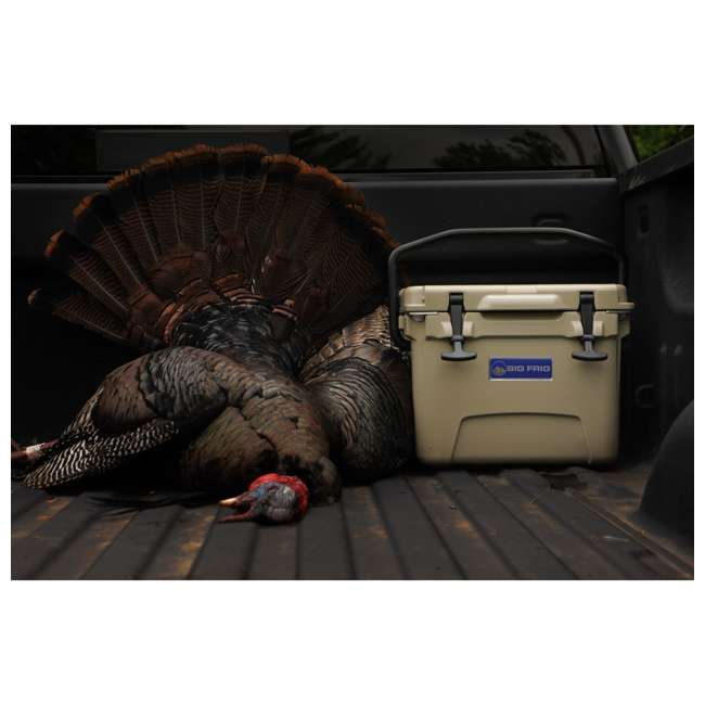 BFDB45-SD Big Frig Denali 45 Quart Insulated Cooler with Cutting Board and Basket, Sand 5