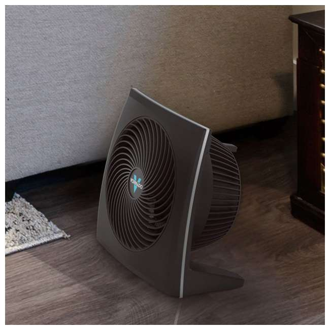 VOR-673-U-B Vornado Portable Medium Quiet Control Flat Panel Air Circulator Floor Fan (Used) 4