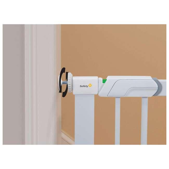 GA119WHO1 Safety 1st Flat Step Pressure Mounted Doorway Stairway Baby Safety Gate, White 3