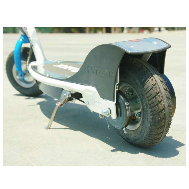 13113610-U-C Razor Teen Rechargeable 24 V Electric 250 W Motorized Scooter. White (For Parts) 5