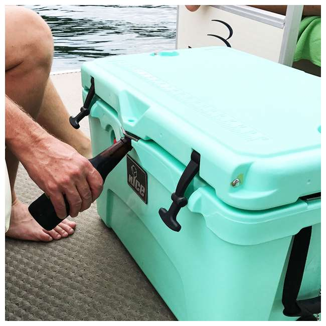 CKR-514256-U-D nICE 45 Quart Insulated Ice Chest Beverage Cooler with Handle, Seafoam (Damaged) 4