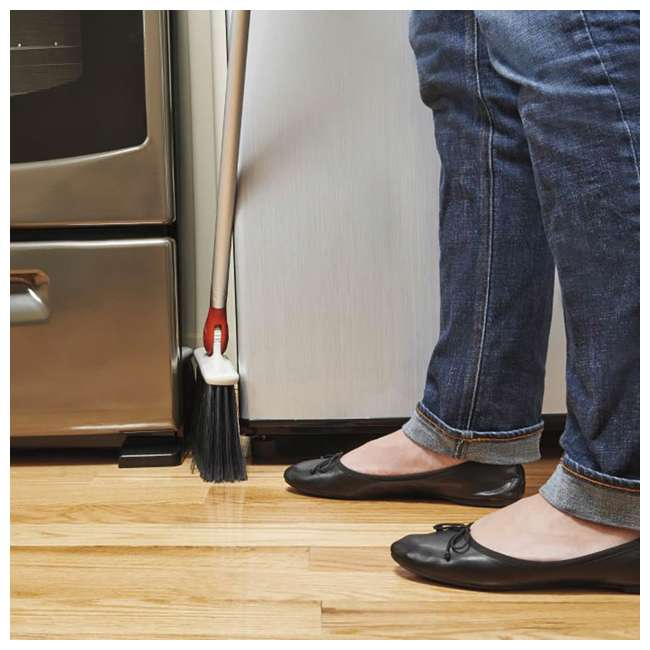1336580 OXO Good Grips Lightweight Aluminum Frame Any Angle Household Broom, Silver 3