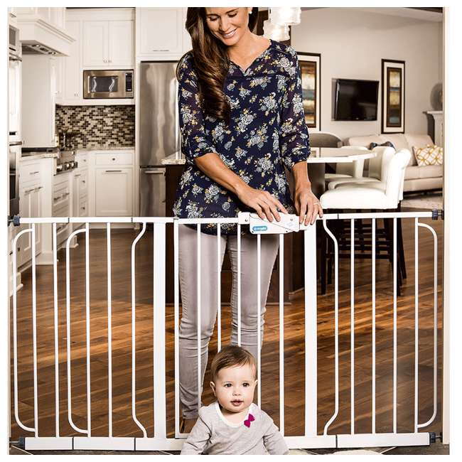 1158 DS Regalo Extra Wide Span 56-Inch Walk Through Baby Gate 2