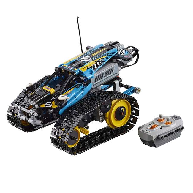 6251547 2-in-1 Remote-Controlled Stunt Racer Power Functions Set 1