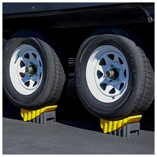 44425 Camco RV Trailer 4 Inch Curved Wheel Leveler Leveling Block with Chock (2 Pack) 3