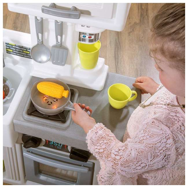 482600 Step2 Downtown Delights Pretend Play Toy Kitchen Set 5