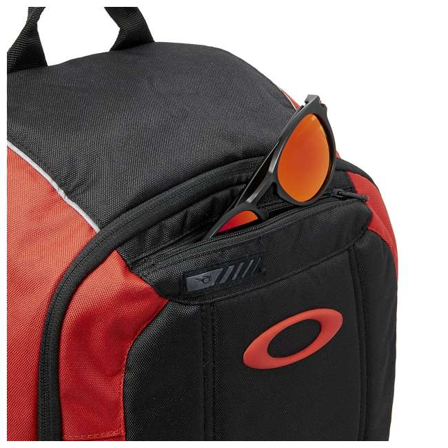 92988-465 Oakley Enduro 25-Liter 2.0 Backpack, Red & Black 3