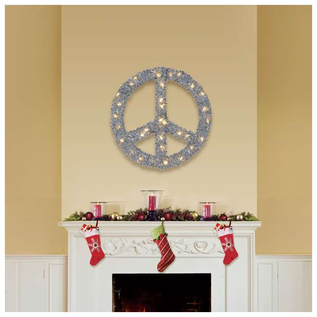 TR1AAB032L01 Home Heritage 22 Inch Pre Lit Artificial Holiday Christmas Peace Sign Wreath 1