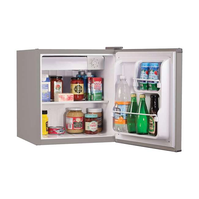 BCRK17V Black & Decker Compact Portable Single Door Refrigerator/Freezer  2