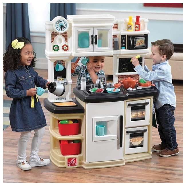 868000 Step2 Great Gourmet Pretend Play Kitchen Set 2
