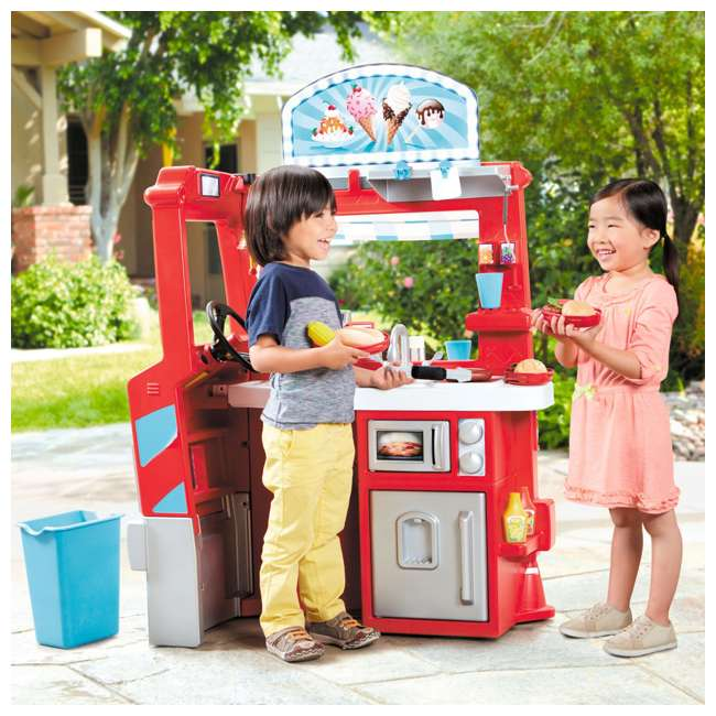 643644M Little Tikes 2-in-1 Kids Pretend Play Pop Up Ice Cream and Food Truck 4