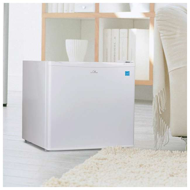 Commercial Cool 1 2 Cubic Foot Compact Freezer White