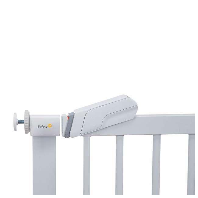 GA119WHO1 Safety 1st Flat Step Pressure Mounted Doorway Stairway Baby Safety Gate, White 2