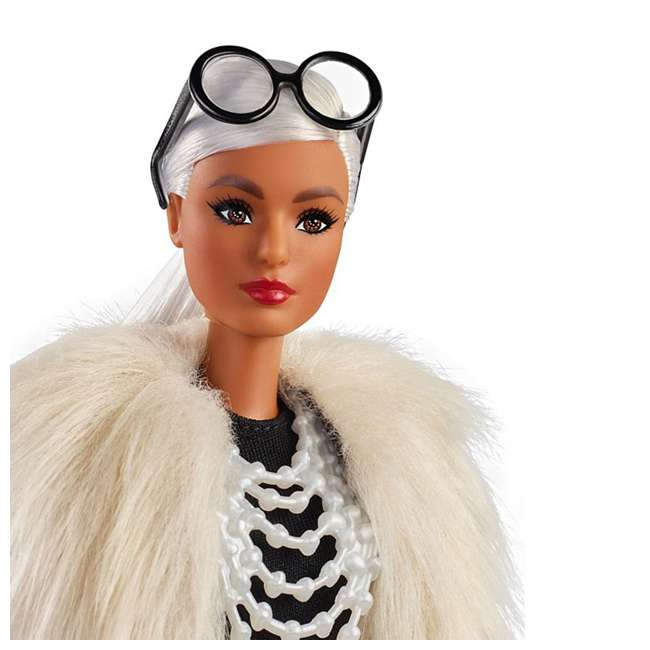 FWJ27 Barbie Collector Styled by Iris Apfel Doll with Multi-Hued Vest and Accessories 2