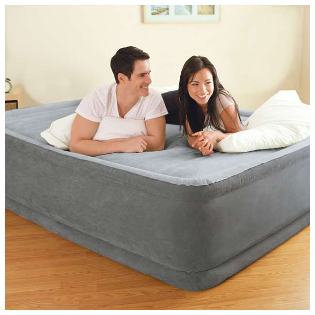 64413E Intex Queen Comfort Plush Elevated Airbed with Built-In Pump 2