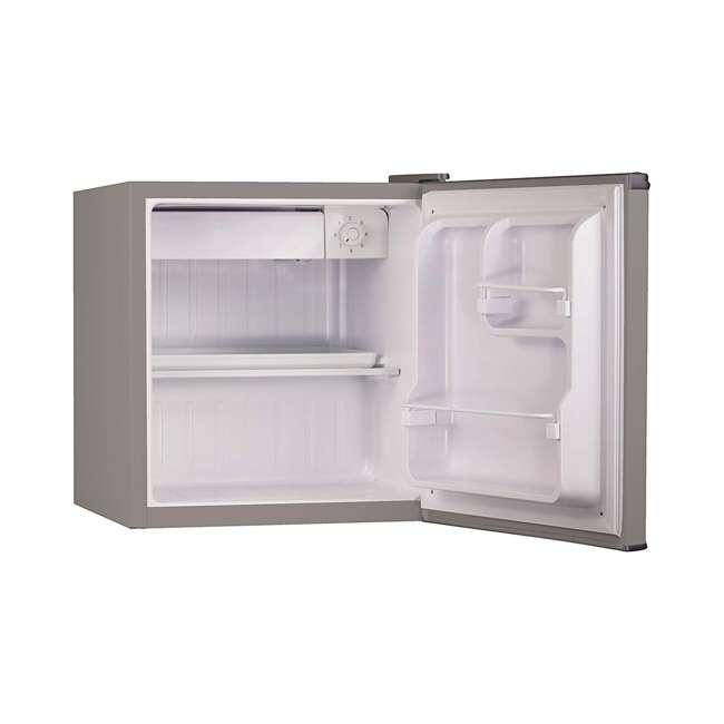 BCRK17V Black & Decker Compact Portable Single Door Refrigerator/Freezer  1