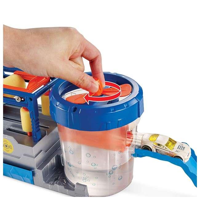 FTB66-U-B Mattel Hot Wheels Mega Car Wash Play Set w/ 1 Color Changing Car 2