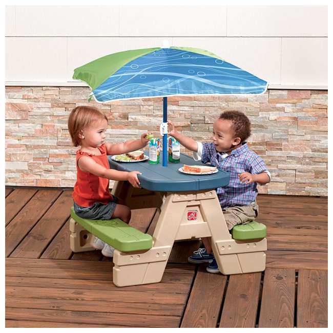 841899 Step2 Sit and Play Snap Together Toddler Preschool Picnic Table with Umbrella 1
