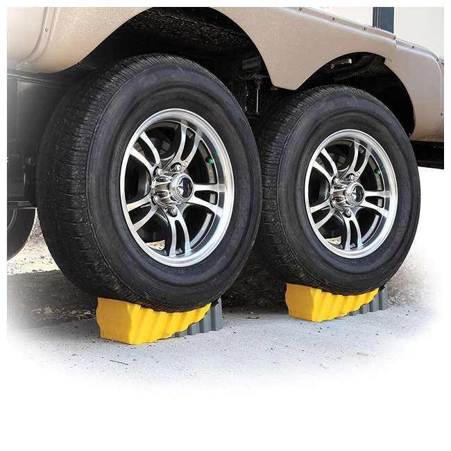 44425 Camco RV Trailer 4 Inch Curved Wheel Leveler Leveling Block with Chock (2 Pack) 1