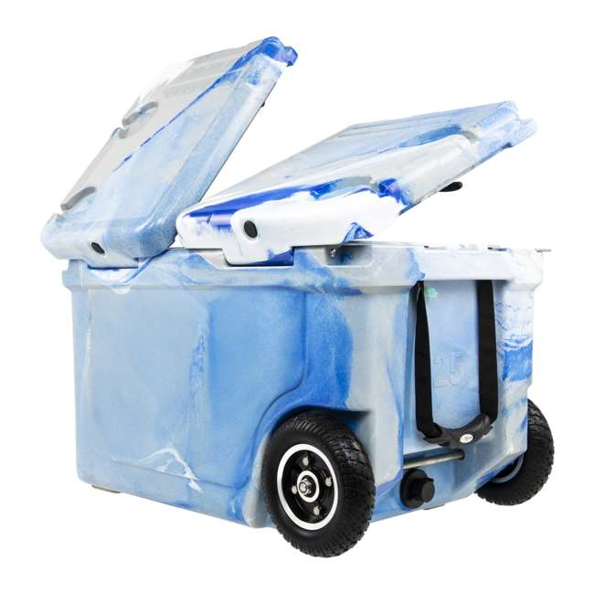 HC50-17M WYLD HC50-17M 50 Qt. Dual Compartment Insulated Cooler w/ Wheels, Marine Blue 1