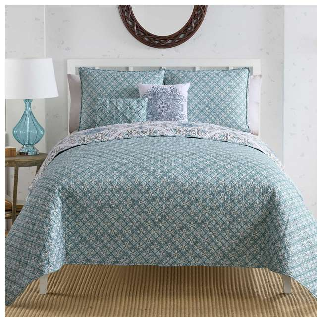 WIN-4QT-XTWN-IN-AQ VCNY Home Windsor Floral Medallion 4 Piece Reversible Bed Quilt Set, Twin XL 2