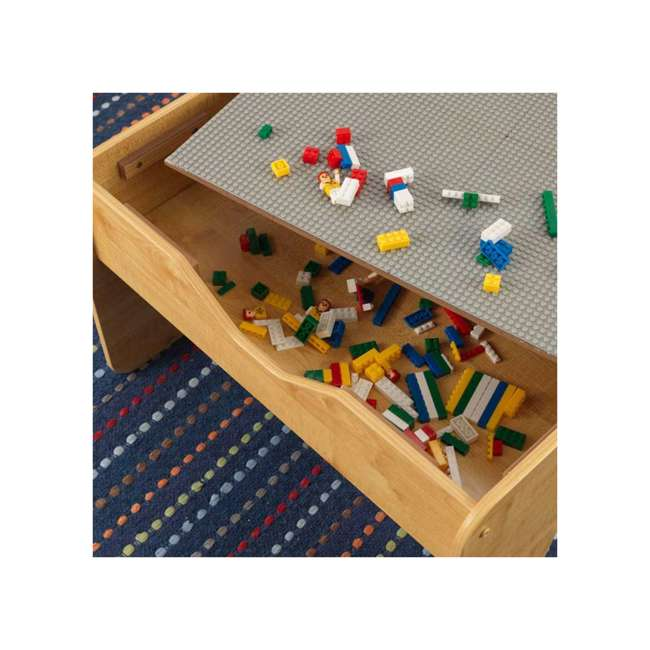 17506 KidKraft 2-in-1 Activity Play Table with Plastic Building Block Board, Natural 4
