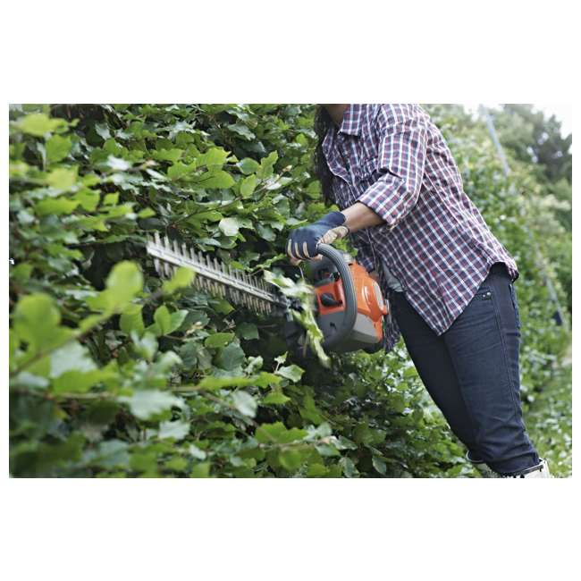 "966808302-BRC-RB-U-C Husqvarna 18"" 22cc Gas Powered Hedge/Clipper Saw Trimmer(Refurbished)(For Parts) 1"