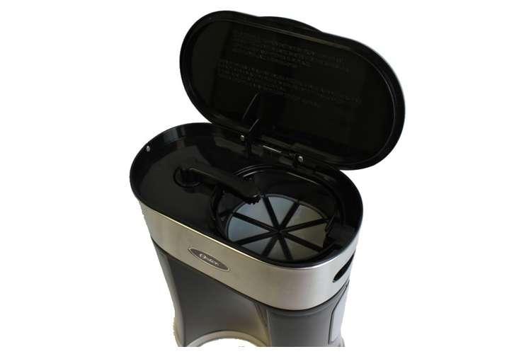 BVST-TM25�Oster 2.5 Quart Iced Tea Maker | BVST-TM25