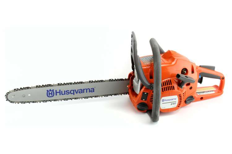 "240-18-BRC-RB�Husqvarna 240 18"" Gas Powered Chainsaw (Refurbished)"